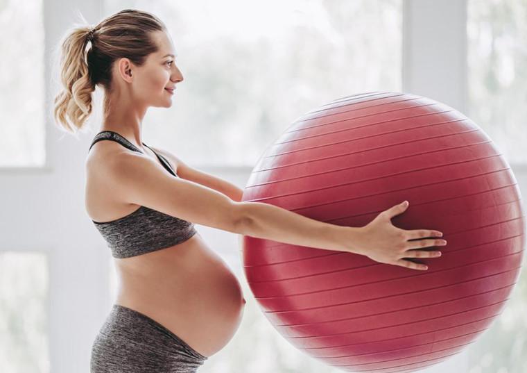 Спорт під час вагітності: що потрібно знати майбутній мамі?