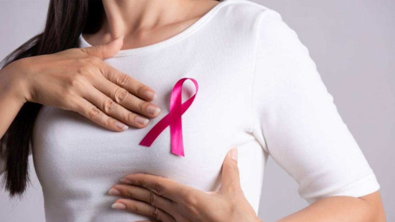 Всеукраїнський день боротьби із раком молочної залози: як діагностувати самостійно?