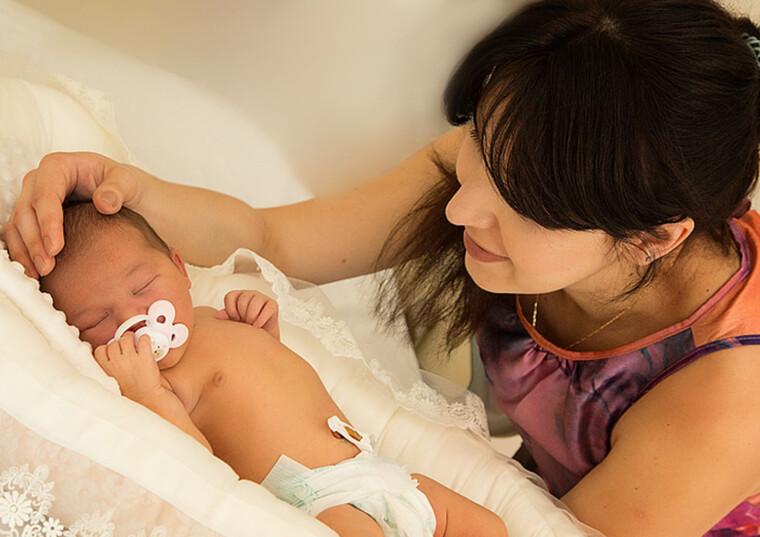 Цікаве дослідження: мікробіота передається дитині від матері на генетичному рівні